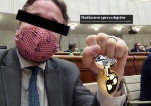 """""""NANOČIPY SÚ MINULOSŤ, MOJEJ ŽENE DALI MEGAČIP PRI KONTROLE PROSTATY""""."""