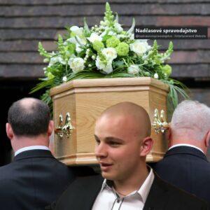 """Mazurek na pohrebe triasol mŕtvolou: """"Prestaň to hrať, koľko ti zaplatili""""??!!"""