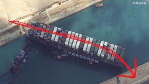 Zaseknutá loď v Suezskom prieplave bol plán. Soroš takto vytvoril most pre migrantov.